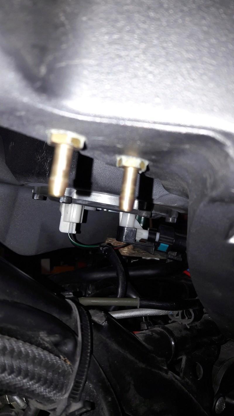 dépose du réservoir essence version ABS 20170322