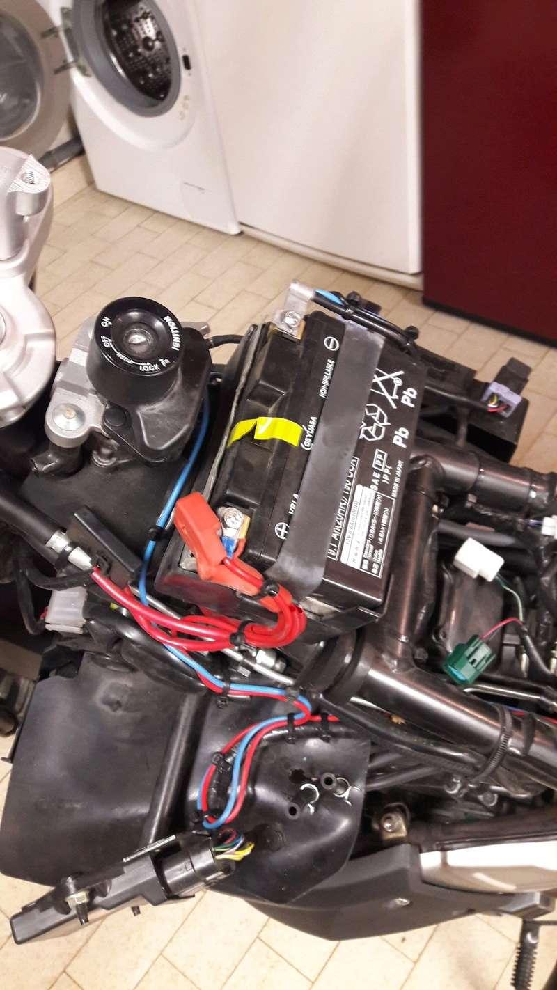 dépose du réservoir essence version ABS 20170326