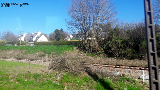 De Quimper à Landerneau en car TER     07/04/2017 (GARAGE) 20170509