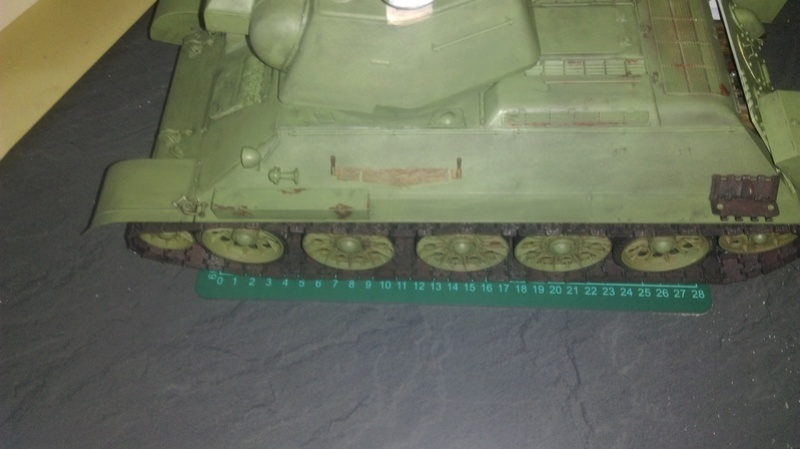 T 34 76 1/16 Trumpeter - Page 2 Imag0111