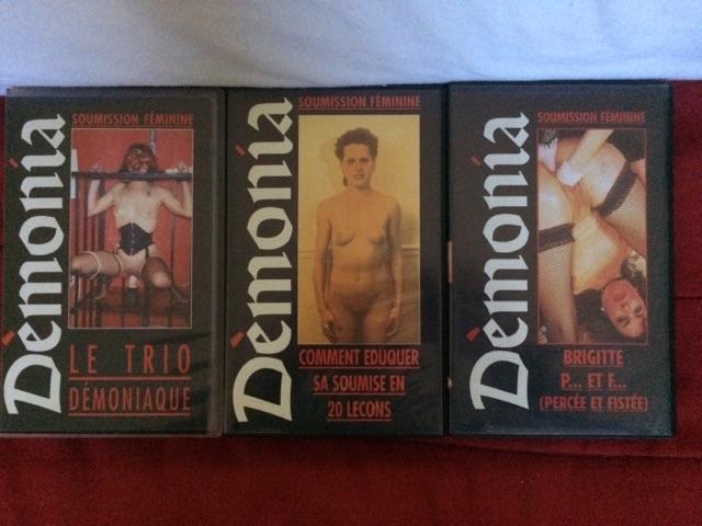 VENDS LOT 14 VHS X RARE - DÉMONIA Cid_2710