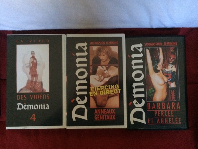 VENDS LOT 14 VHS X RARE - DÉMONIA Cid_2711