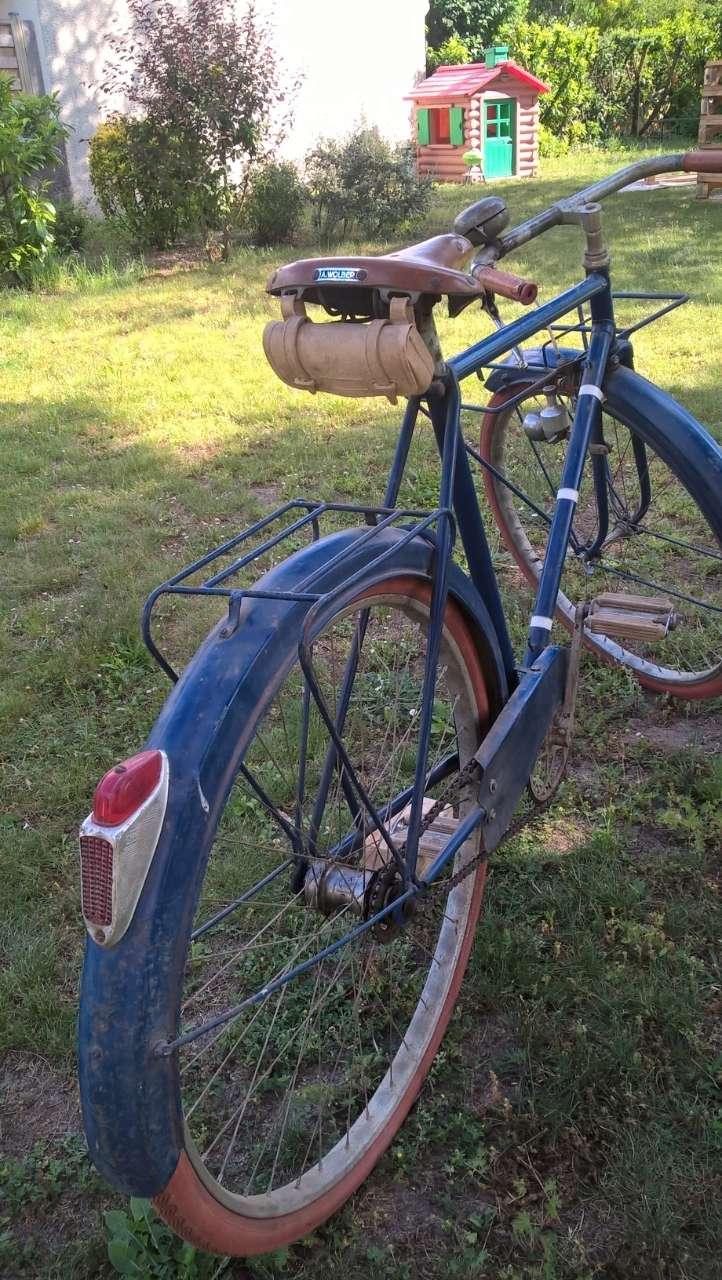 Vélo du facteur années 1930/1935 Lbi8tq10