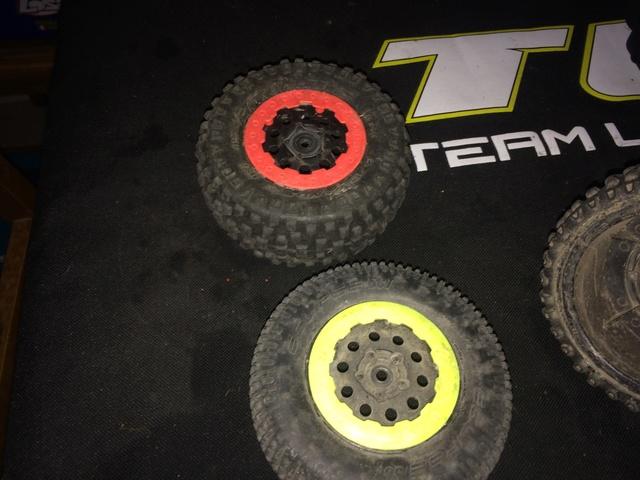 jante et pneu pour ten SCTE 3.0 Img_0019