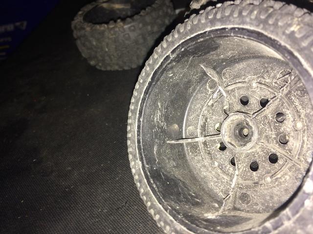 jante et pneu pour ten SCTE 3.0 Img_0021