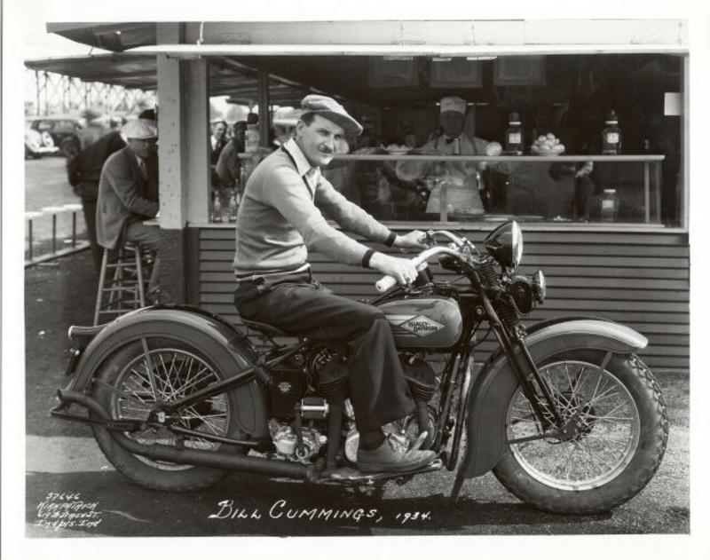Vieilles photos (pour ceux qui aiment les anciennes photos de bikers ou autre......) - Page 12 Tumb1178