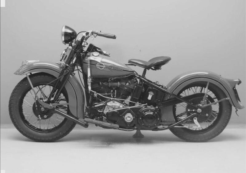 Vieilles photos (pour ceux qui aiment les anciennes photos de bikers ou autre......) - Page 12 Tumb1184