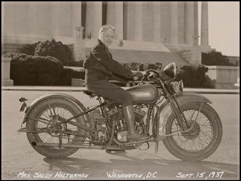 Vieilles photos (pour ceux qui aiment les anciennes photos de bikers ou autre......) - Page 12 Tumb1194