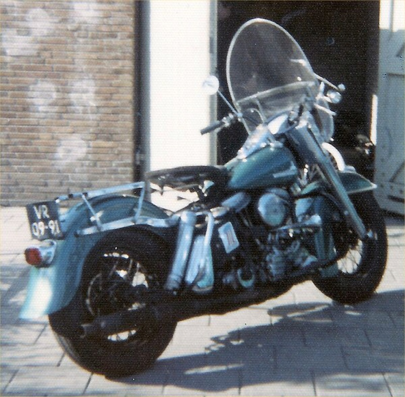 Vieilles photos (pour ceux qui aiment les anciennes photos de bikers ou autre......) - Page 12 Tumb1206