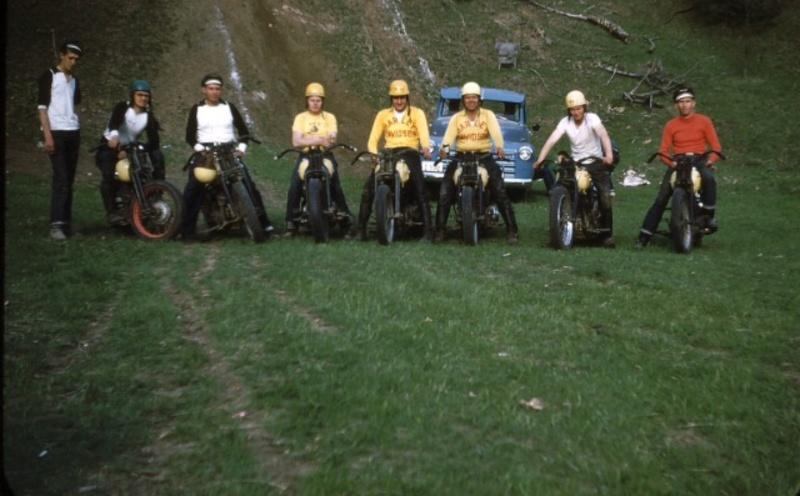 Vieilles photos (pour ceux qui aiment les anciennes photos de bikers ou autre......) - Page 13 Tumb1228