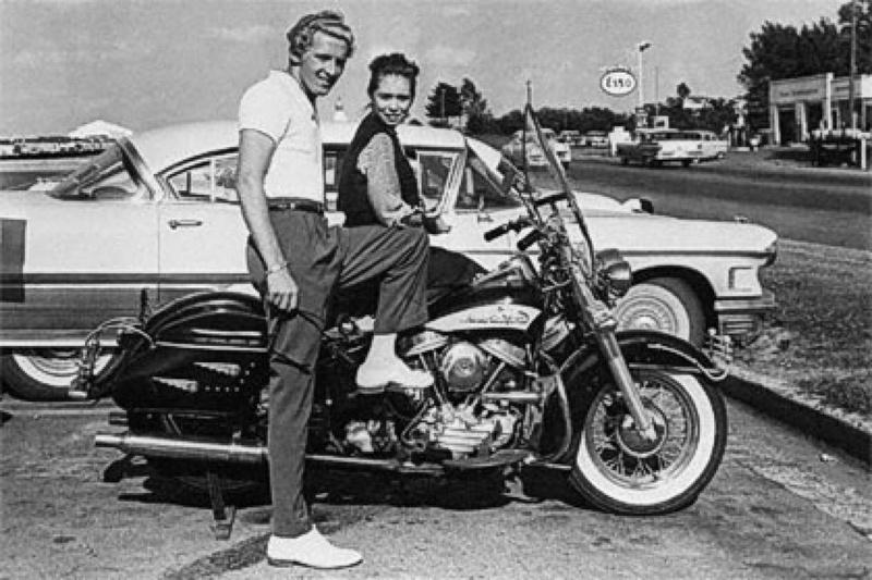 Vieilles photos (pour ceux qui aiment les anciennes photos de bikers ou autre......) - Page 13 Tumb1237