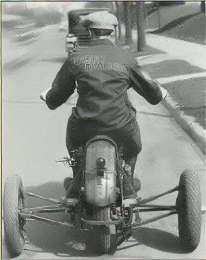 Vieilles photos (pour ceux qui aiment les anciennes photos de bikers ou autre......) - Page 11 Tumbl710