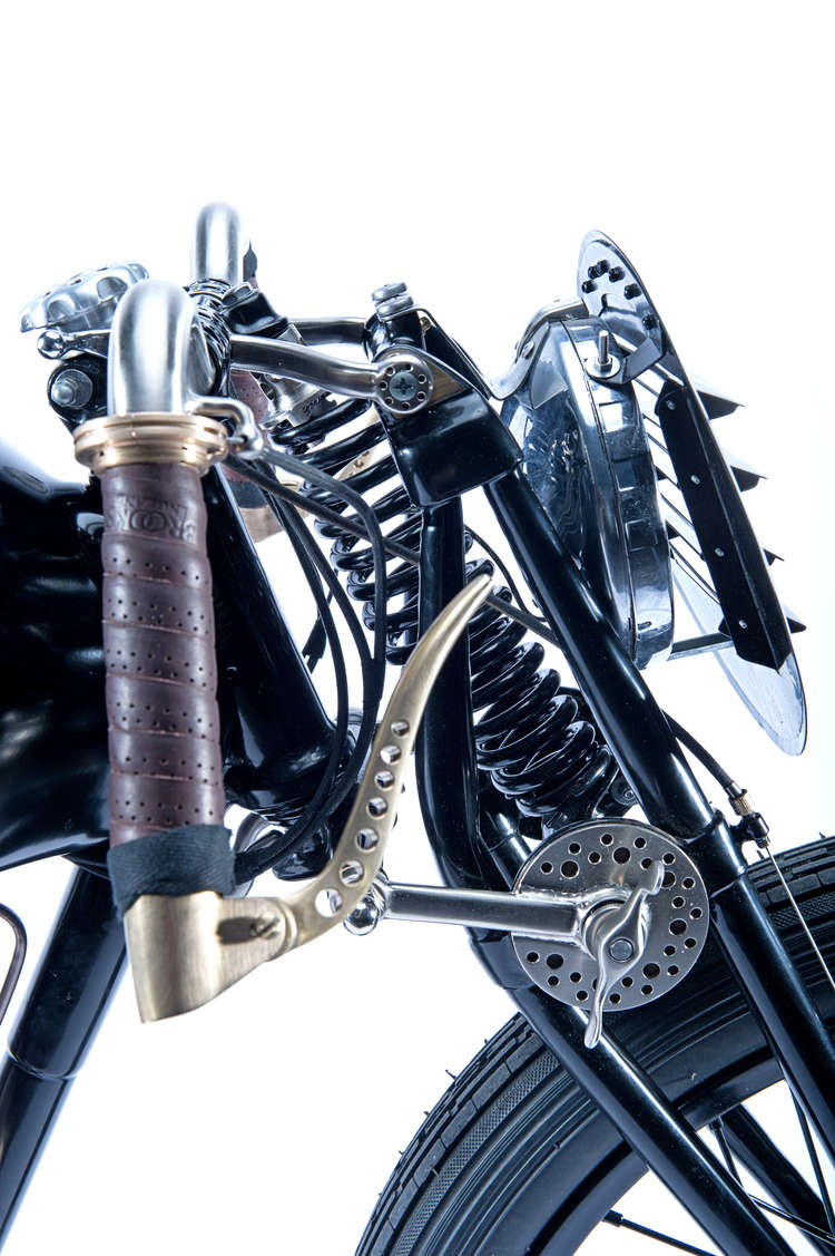 Moto A.J.S Tumbl865