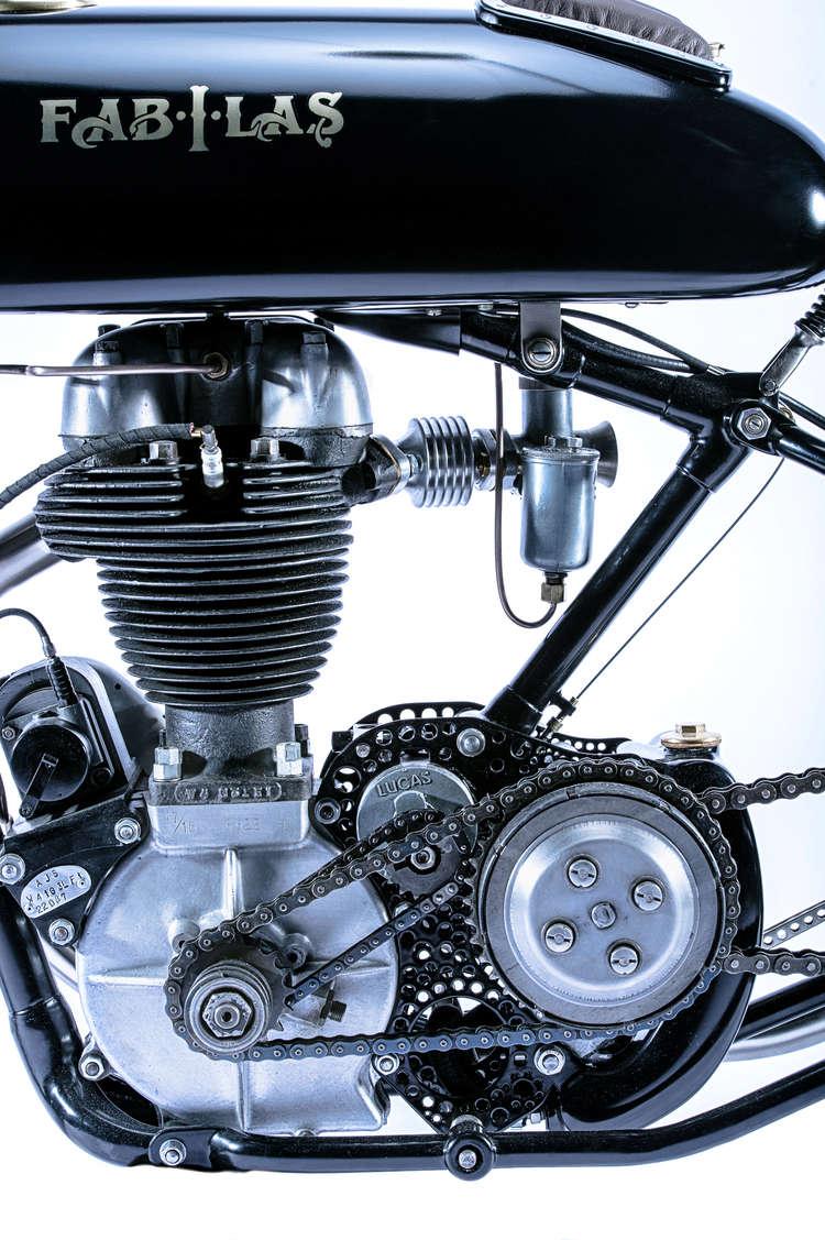 Moto A.J.S Tumbl866