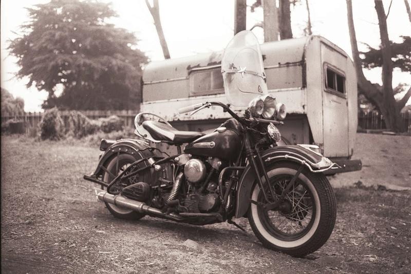 Vieilles photos (pour ceux qui aiment les anciennes photos de bikers ou autre......) - Page 11 Tumbl909