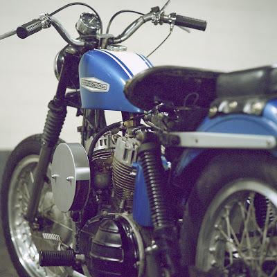 Vieilles photos (pour ceux qui aiment les anciennes photos de bikers ou autre......) - Page 11 Tumbl912