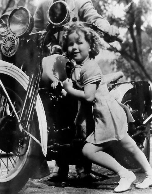 Vieilles photos (pour ceux qui aiment les anciennes photos de bikers ou autre......) - Page 11 Tumbl913