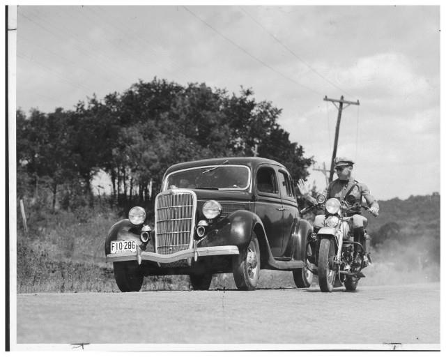 Vieilles photos (pour ceux qui aiment les anciennes photos de bikers ou autre......) - Page 11 Tumbl919