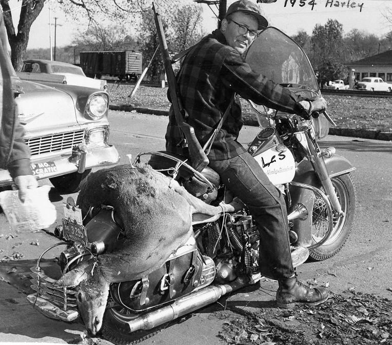 Vieilles photos (pour ceux qui aiment les anciennes photos de bikers ou autre......) - Page 11 Tumbl924