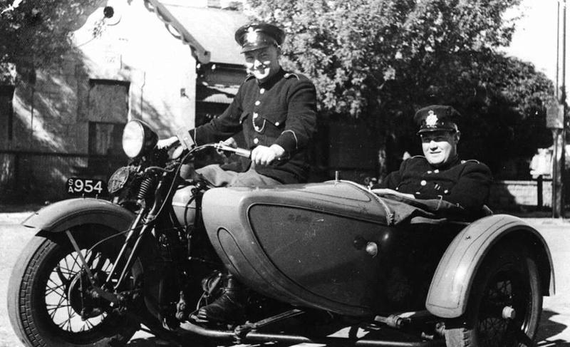 Vieilles photos (pour ceux qui aiment les anciennes photos de bikers ou autre......) - Page 12 Tumbl967