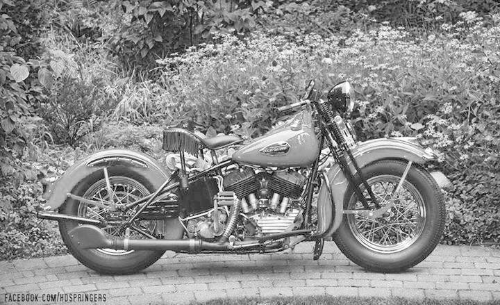 Vieilles photos (pour ceux qui aiment les anciennes photos de bikers ou autre......) - Page 12 Tumbl975