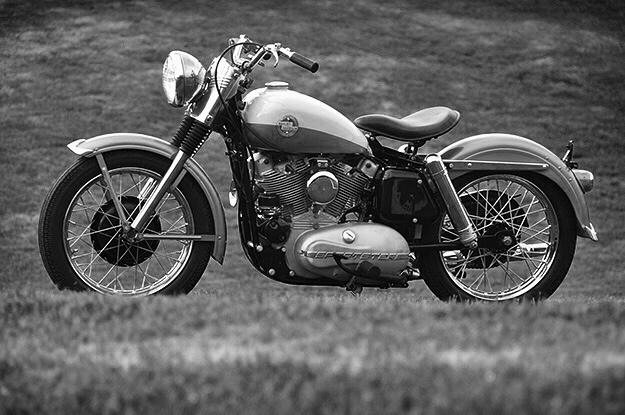 Vieilles photos (pour ceux qui aiment les anciennes photos de bikers ou autre......) - Page 12 Tumbl981