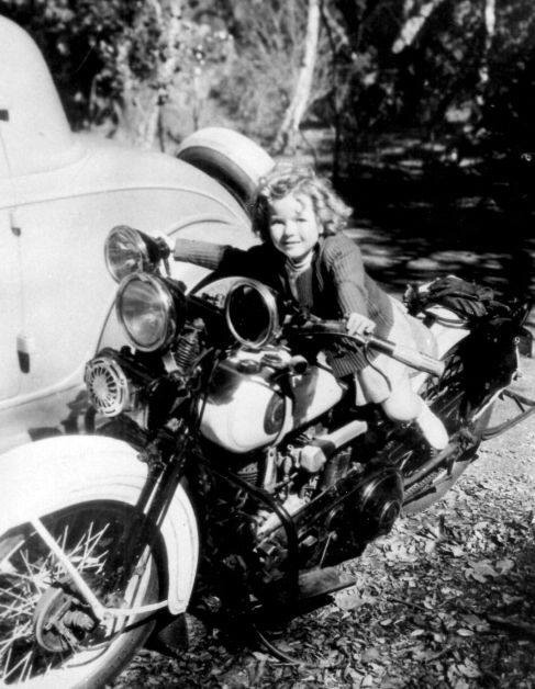 Vieilles photos (pour ceux qui aiment les anciennes photos de bikers ou autre......) - Page 12 Tumbl983