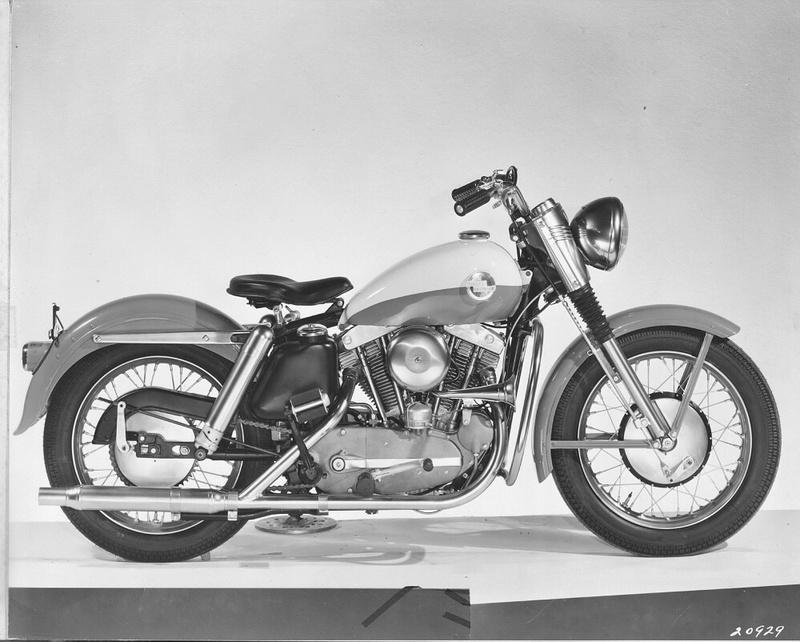Vieilles photos (pour ceux qui aiment les anciennes photos de bikers ou autre......) - Page 12 Tumbl992