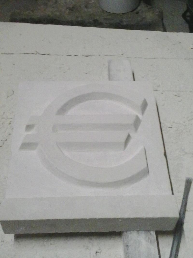 Les sculptures de Ouppo - Page 2 00510