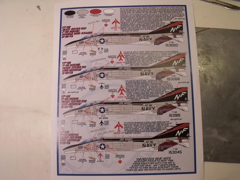 F-4 B Phantom 1/48° - VF-51 - 1972 - Début de patine. - Page 2 Dscf6720