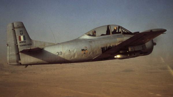 North American (Sud Aviation) T 28 Fennec 4-14-210