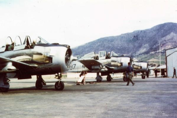 North American (Sud Aviation) T 28 Fennec Ej-10410