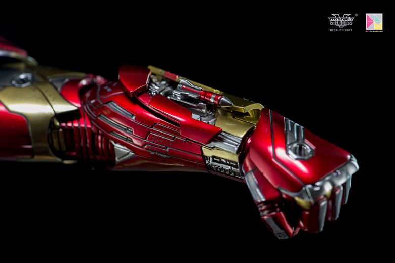 Iron Man (Hot Toys) - Page 10 00211810