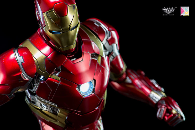 Iron Man (Hot Toys) - Page 10 00211813
