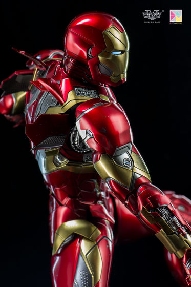 Iron Man (Hot Toys) - Page 10 00211912