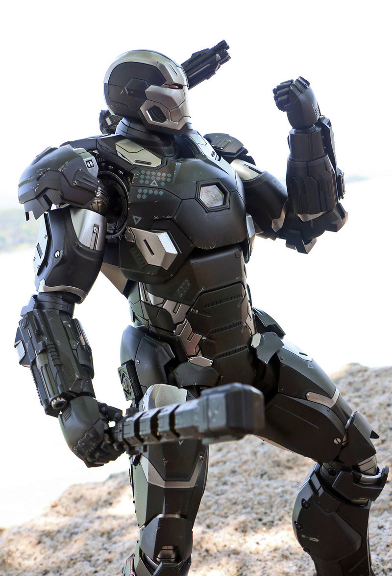 Iron Man (Hot Toys) - Page 10 14245711