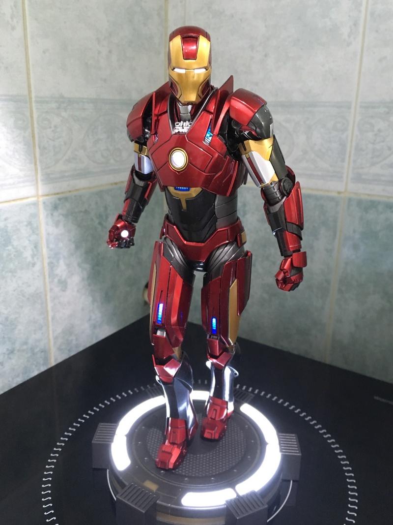 Iron Man 3 - Mark 16 NightClub - 1/9 Diecast (King Arts)  1lpfjl10