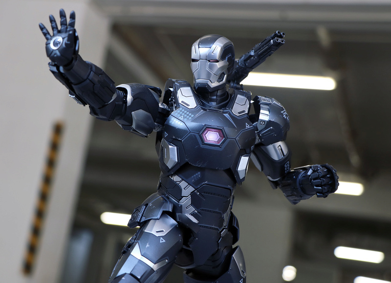 Iron Man (Hot Toys) - Page 10 22591410