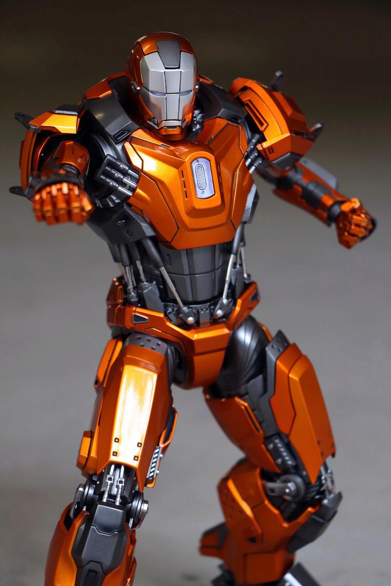 Iron Man 3 - Mark XXXVI/Mark 36 : Peacemaker 1/9 Diecast (King Arts) 23303710