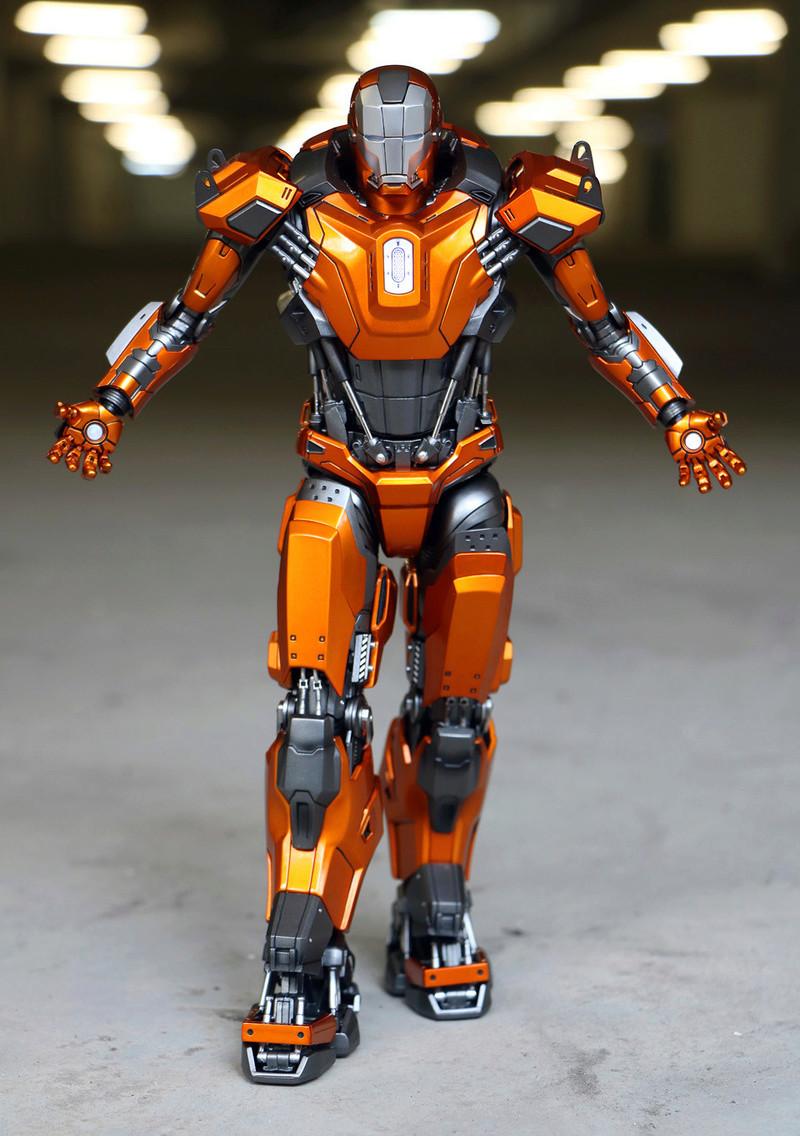 Iron Man 3 - Mark XXXVI/Mark 36 : Peacemaker 1/9 Diecast (King Arts) 23303711
