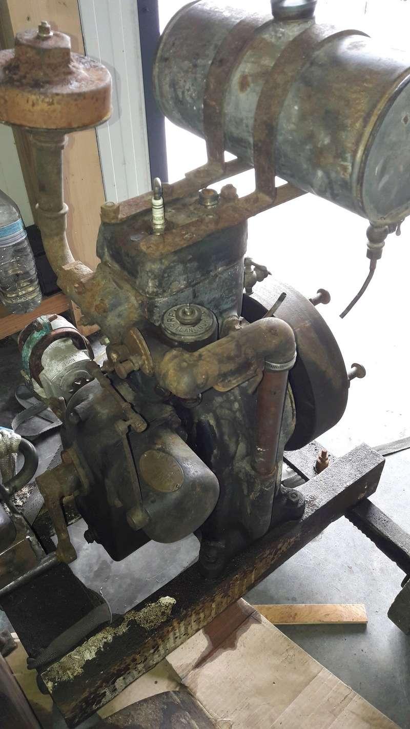 RENAULT - moteur renault 263 20170611
