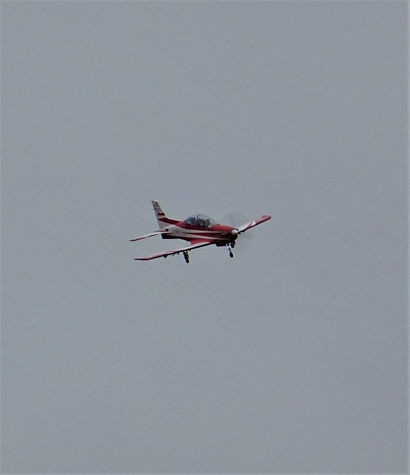 pc 21 en vol : vol presque de nuit ;-) , avec affichage tête haute  Dsc06210