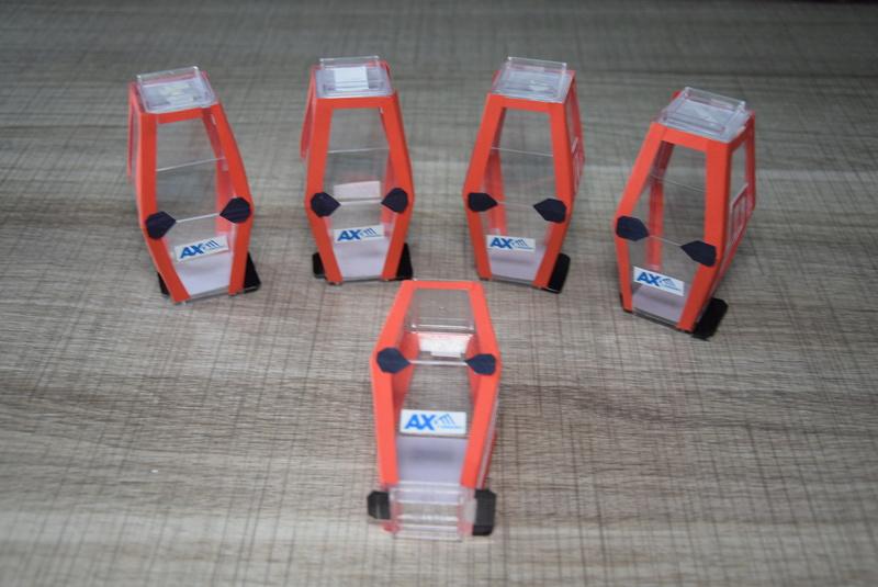 Fabriquer ses cabines miniatures Dsc_0123