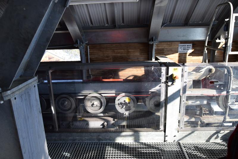 Machinerie Télésièges débrayables Doppelmayr G2-tsd17