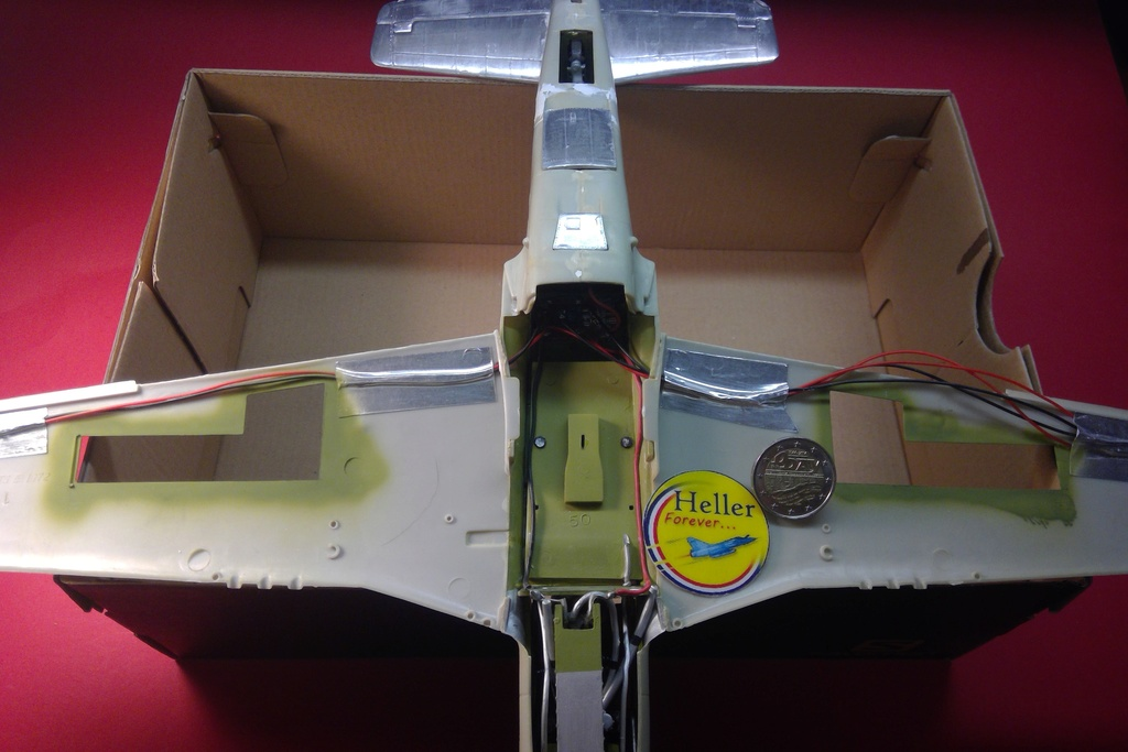 AIRFIX NORTH AMERICAN P 51 D MUSTANG 1/24ème Ref 14001 - Page 11 Airfi533