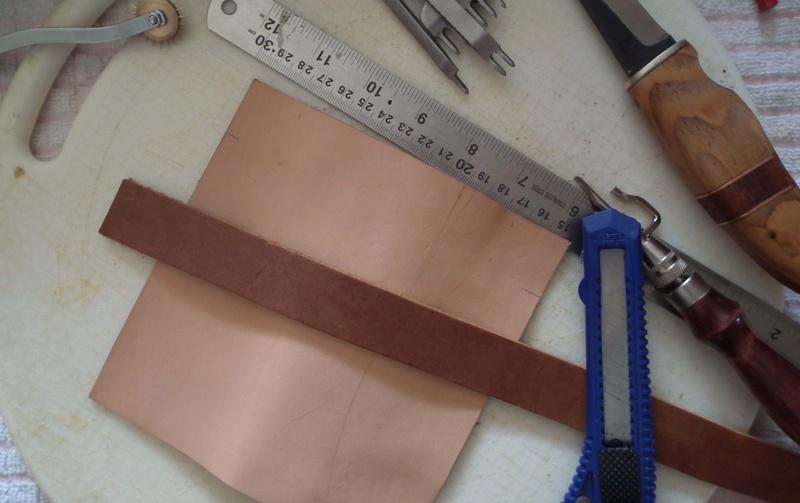 Fabrication d'un étui de couteau Sheath23