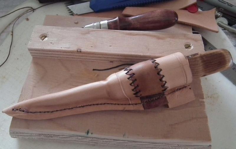 Fabrication d'un étui de couteau Sheath28