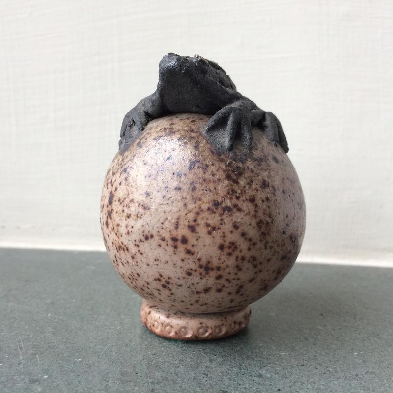 Studio pottery frog Img_4147