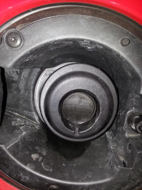 Clapet reservoir essence c7 20190710