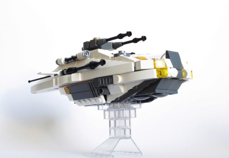 [MOC] Navette d'assaut légère LAS-01 de la Fédération Minière Galactique(Version finale et montage)  Img_2811